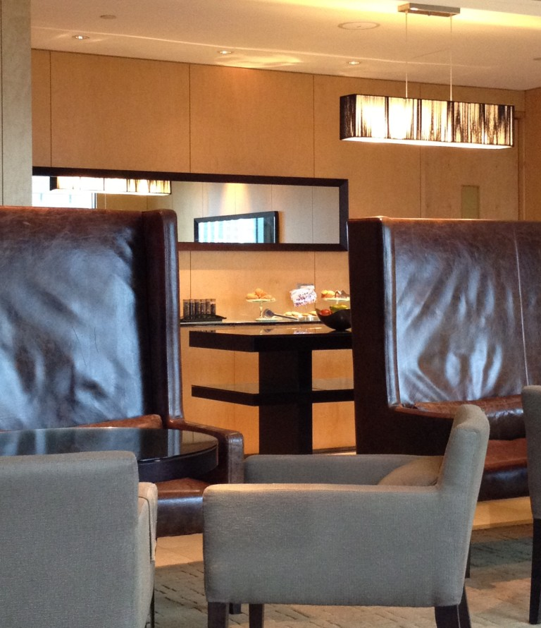 WESTIN EXECUTIVE CLUB LOUNGE | COMPLIMENTARY BEVERAGES AND LIGHT SNACKS DURING THE DAY