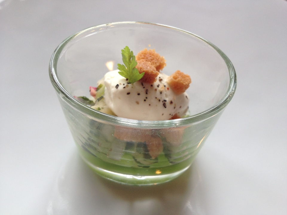 AMUSE BOUCHE | CUCUMBER JELLY | JULES VERNE