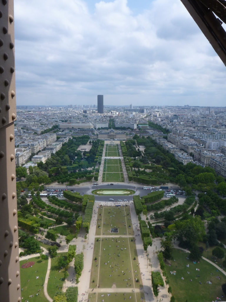VIEW OF CHAMP DE MARS FROM THE OTHER SIDE OF JULES VERNE | PARIS
