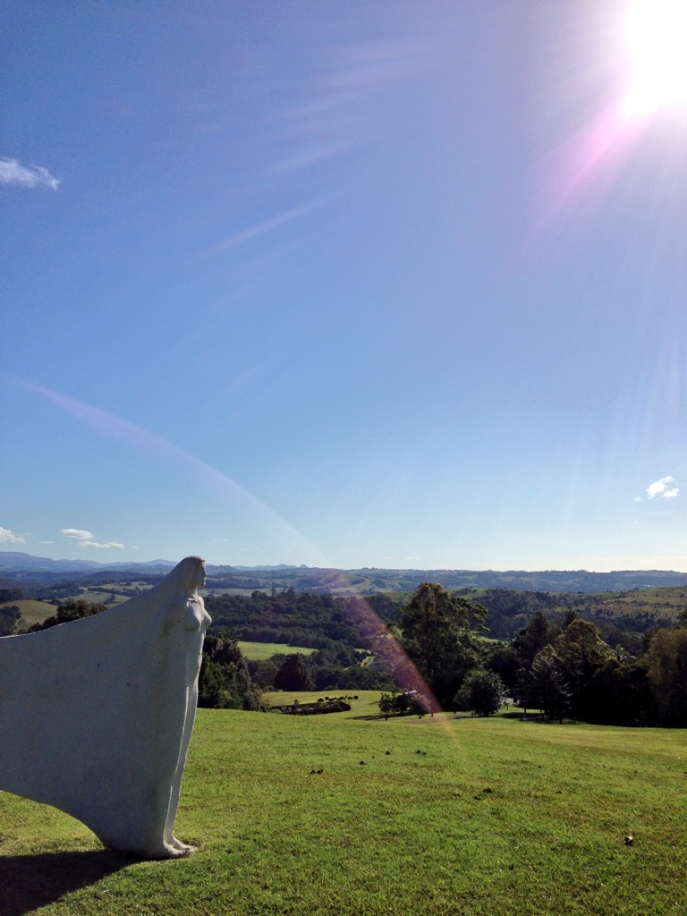 A STUNNING WINTER DAY | SAMIRA LOOKOUT