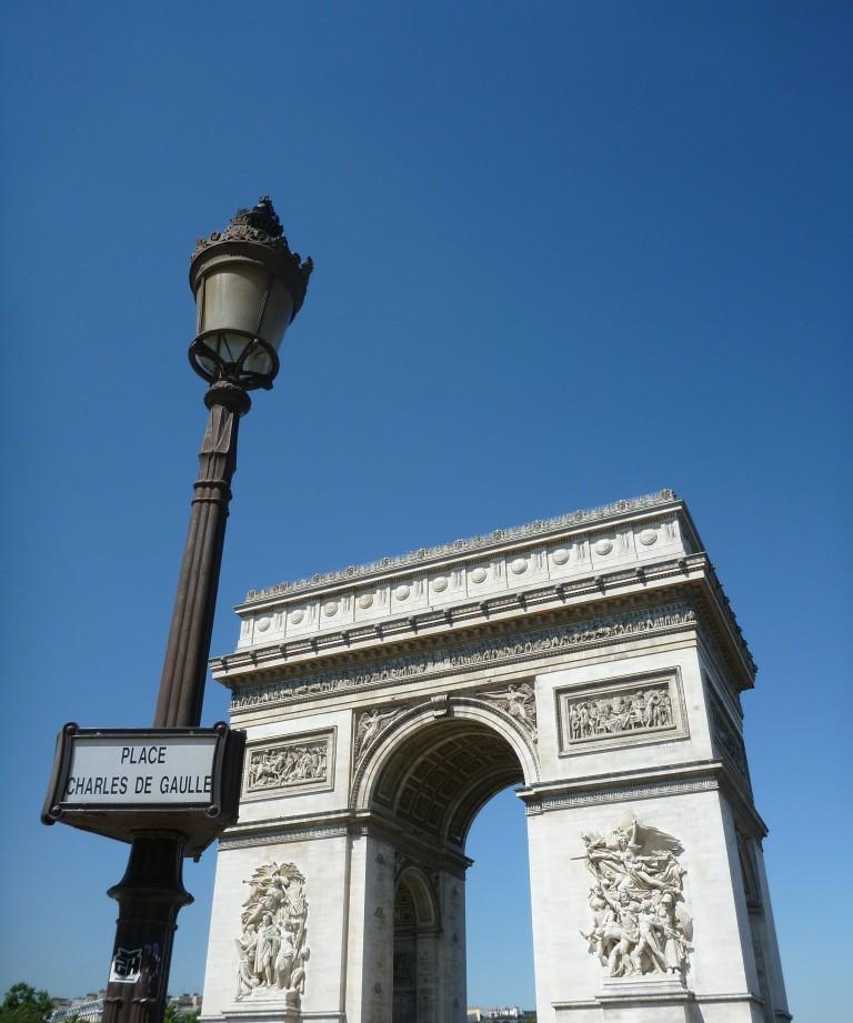 ARC DE TRIOMPHE DE L'ÉTOILE AT PLACE CHARLES DE GAULLE