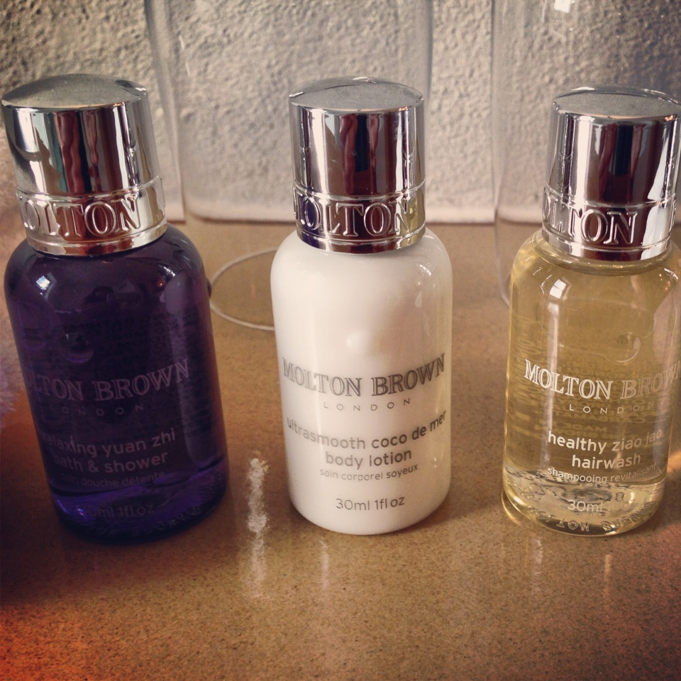 LUXE MOLTON BROWN AMENITIES