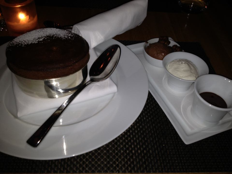 VALRHONA CHOCOLATE SOUFFLÉ | CUT RESTAURANT