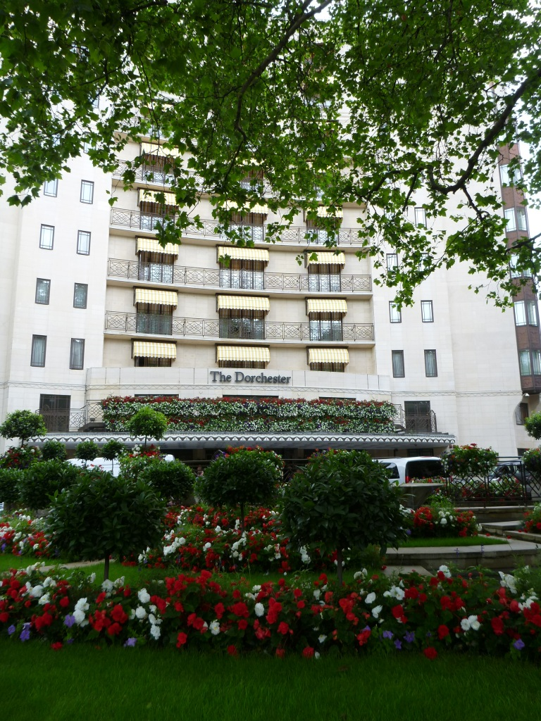 THE DORCHESTER HOTEL ON PARK LANE IN MAYFAIR