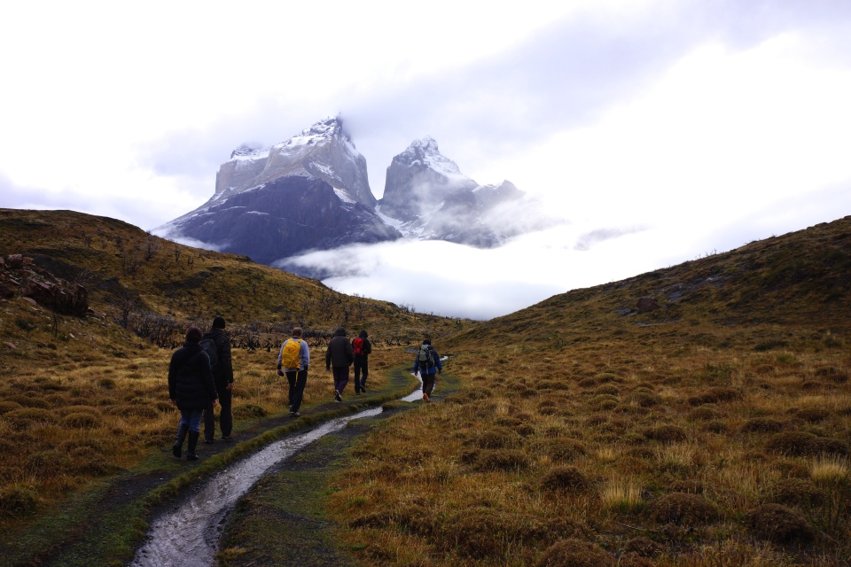 MORNING HIKE IN FRONT OF CUERNOS DEL PAINE