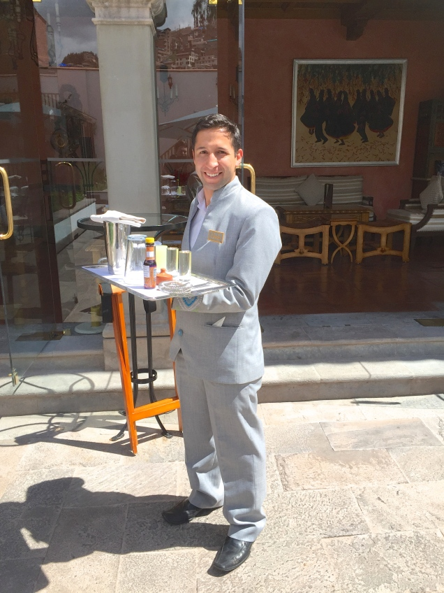 JUAN CARLOS ABOUT TO HOST A PISCO SOUR LESSON